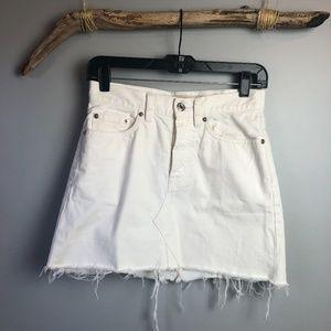 Marc by Marc Jacobs White Denim Icon Mini Skirt